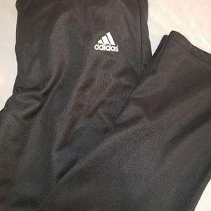 Adidas sz. Medium black pants